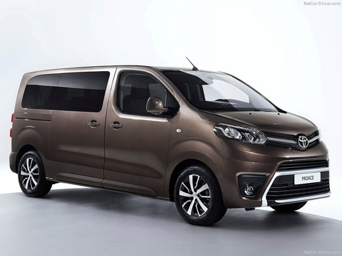 Toyota-ProAce_Verso-2016-800-01