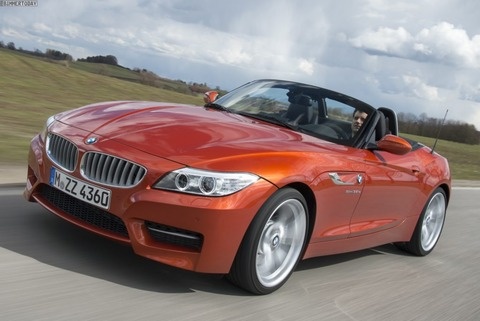 BMW-Z4-sDrive35is-E89-LCI-Valencia-Orange-01-1024x684