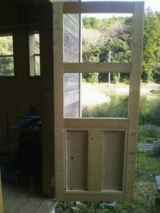 小屋のドア