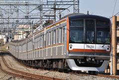 10130F_001