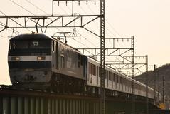 EF210_018