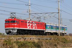 EF81_040