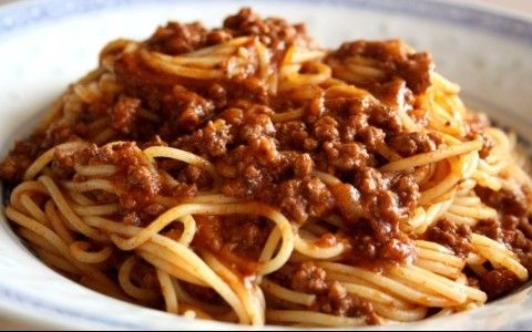 Meat-sauce-by-Munch-n-Crunch-Flickr-e1428956937761