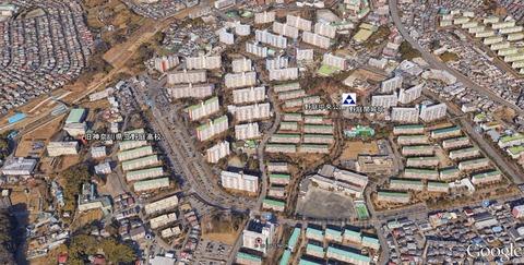 旧神奈川県立野庭高校と野庭関城の位置関係