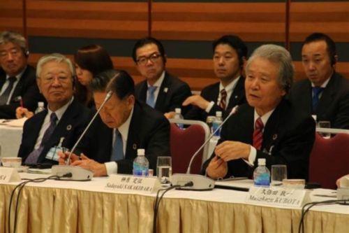 韓国経済界、若年層の高い失業問題を解決できず、日本経団連に泣きつく。「日本は人手不足となっている。この雇用の問題で協力できないか」