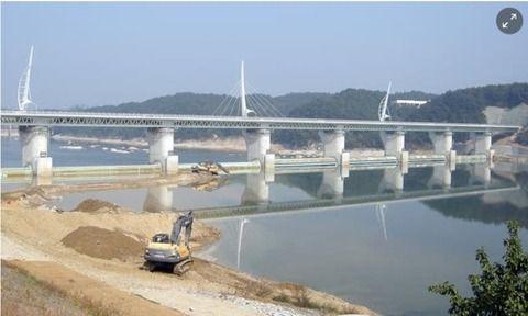 【韓国の反応】韓国の4大河川事業、英ガーディアンが選ぶ「世界10大ゴミ」に挙げられる→韓国人「李明博は日本が韓国を破壊しようとして送ってきたスパイだった」