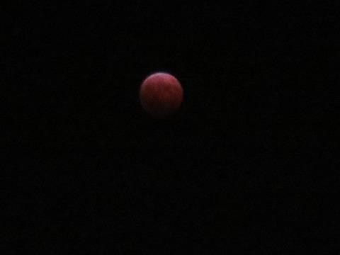 2014-10-8皆既月食中