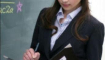 ヘルス嬢(27歳女教師) 「借金があり、やめられなかった…」