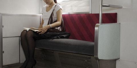 【悲報】正義感に溢れた女さん、電車で親子に注意するも論破されてしまうwwwwwww