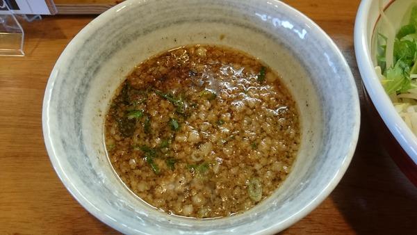 大津家 魚介ブラックつけ麺  (4)