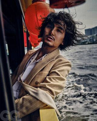 『GQ JAPAN』2021年10月号 Photographed by Takay (C) 2021 Conde Nast Japan. All rights reserved.