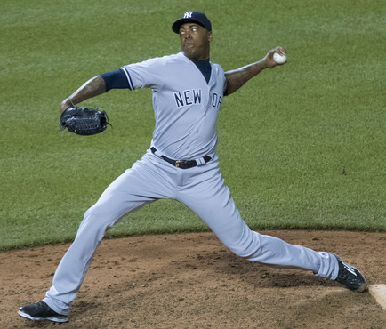 Aroldis_Chapman_on_June_4,_2016_(2)