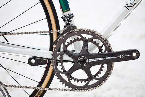 royal-h-cycles-white-cross-bike-3
