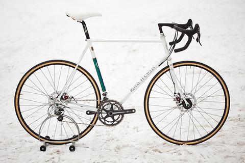 royal-h-cycles-white-cross-bike-1