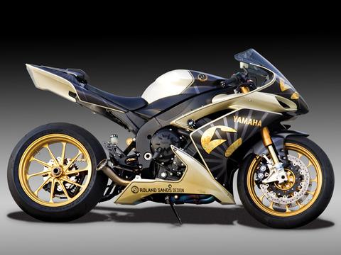 Yamaha R1_Gold_Bike