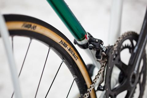 royal-h-cycles-white-cross-bike-8