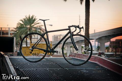 1035_Worlds_Lightest_Bike_01