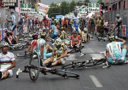 2011 Giro-dItalia アクシデント
