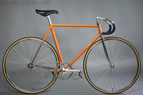 Collar08 Vintage Orange