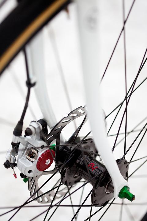 royal-h-cycles-white-cross-bike-12
