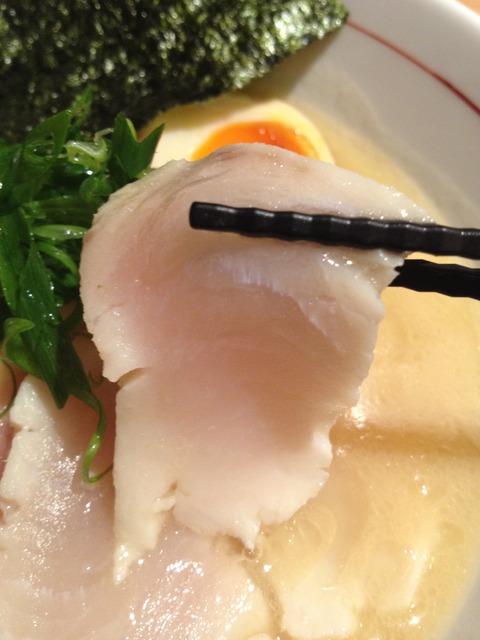 麺と心7_レア鶏チャーシュー