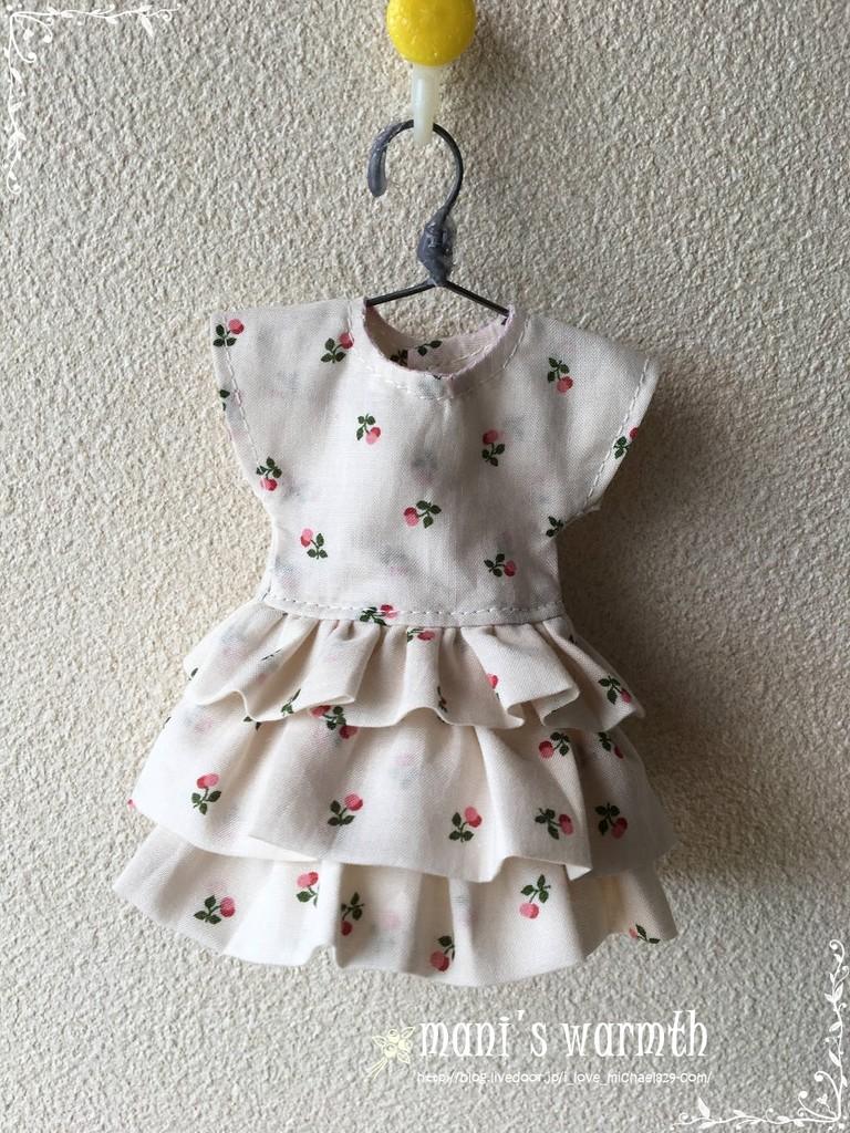 リカちゃんフリルのワンピースドレス』作り方  On The Line