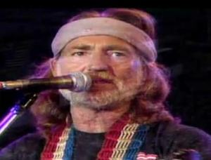 maninthemirror-WillieNelson