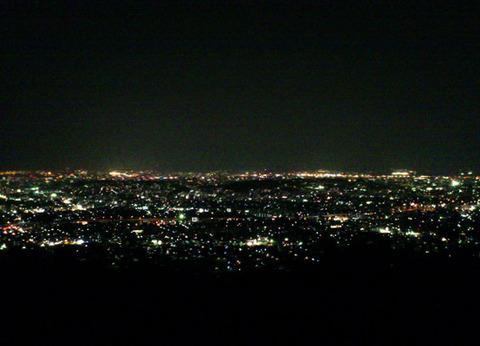 夜景って、どうやって撮影するんでしょう??