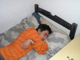 monje durmiendo
