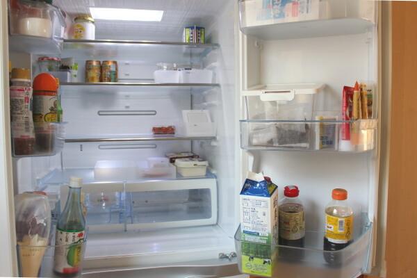 20210326_お買い物前の冷蔵庫