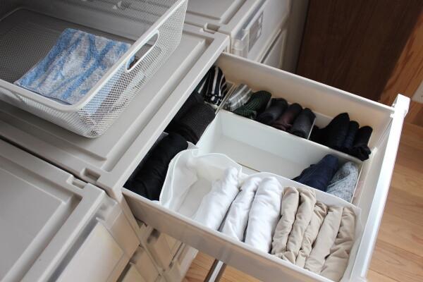 朝がラクになる服の収納