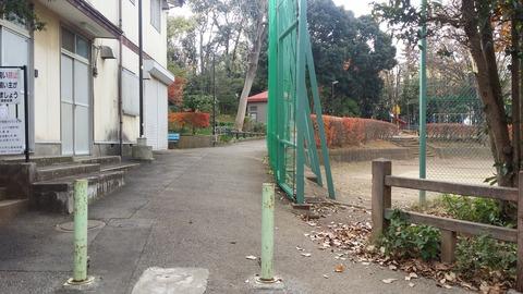 須和田公園の入口1