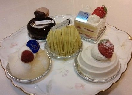 パティスリーツキのケーキ