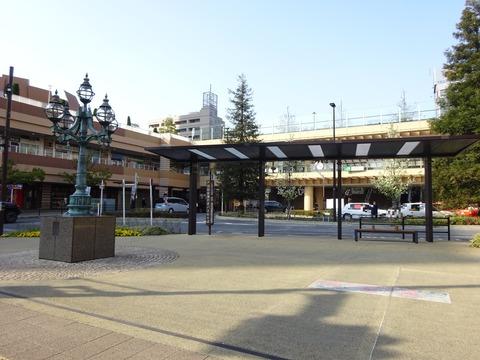 市川駅南口羽田空港行きバス停