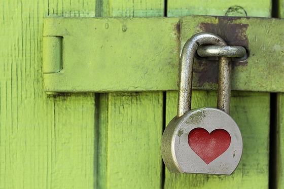 lock-1516242_640