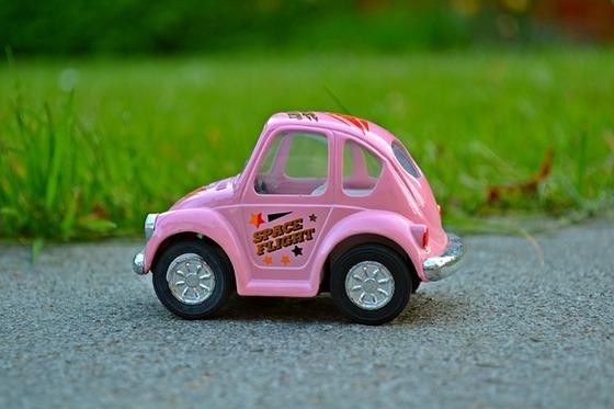 minicar-1376158_640