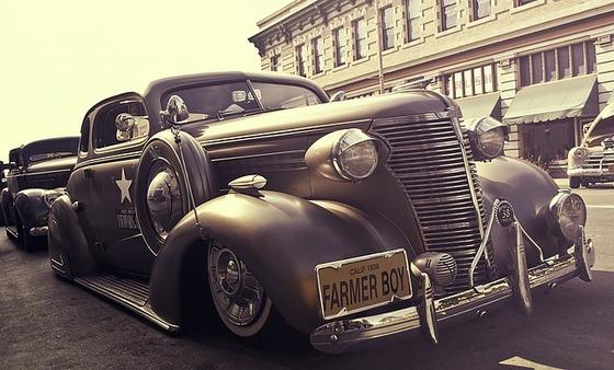 vintage-car-336676_640