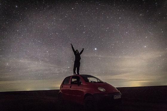 深夜のドライブ-1375120_640