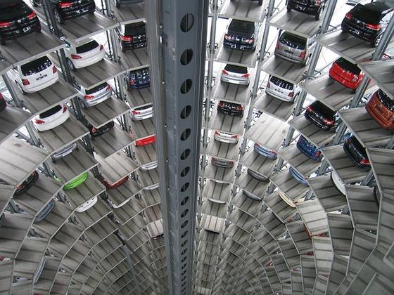 機械式立体駐車場-214033_640