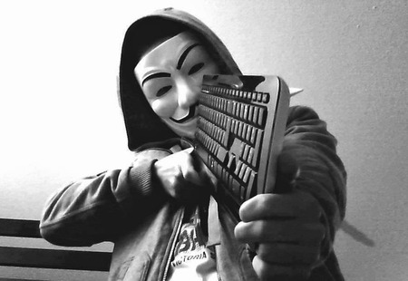 Anonymous-goes-after-Paris-terrorists