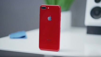 red-iphone-8-plus