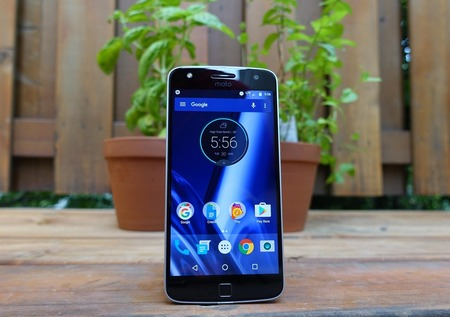 moto-z-play-hands-on-11