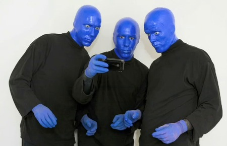 blue-man-group-iphone