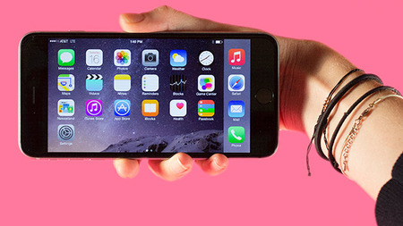 携帯3社、「2年縛り」無料解約期間を2か月に延長へ。更新月の前月にはメールも告知