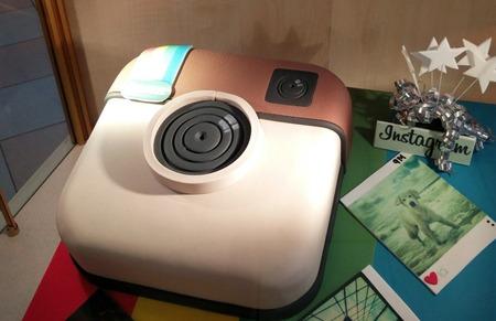 Instagram-Cake-930x601