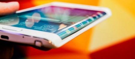 Samsung、GALAXY S6では両サイドをエッジスクリーンに?名称は「GALAXY S6 Edge」になるとの噂