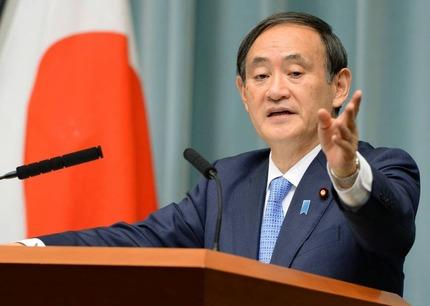 菅官房長官「携帯電話料金の大幅値下げ時期は楽天参入の来年10月頃」
