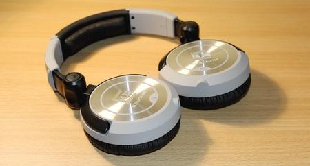 Ultrasone+Pro+550+Headphones+Folded+Flat