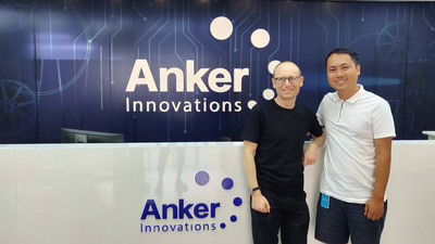 506652-sascha-and-anker-ceo