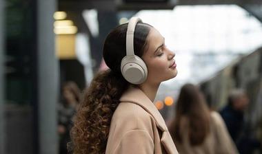 sony-wh1000xm4-headphones-1